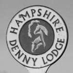 Denny Lodge sign